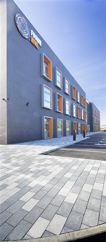 Tobermore Fusion Silver & Mid Grey_Northshore Innovation Centre, Stockton-on-Tees (2)